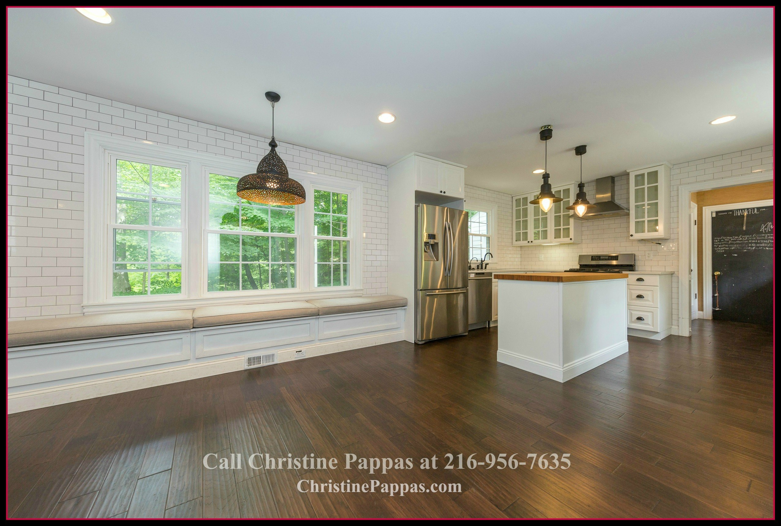 You will surely enjoy every sumptuous meal served in the dining area of this lovely home for sale in Gates Mills OH.