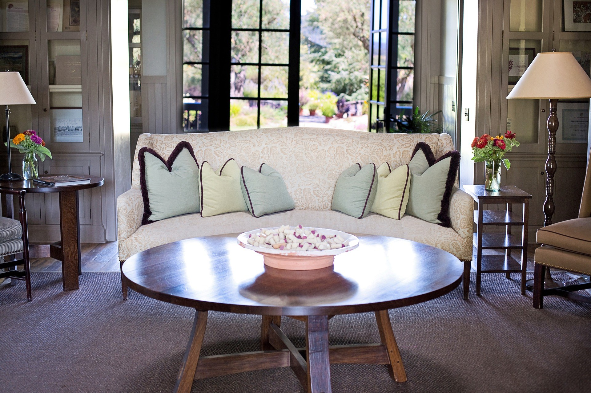 hunter realtor the to listing how of takes after over furniture pictures and christine rowe home sell nguyen for before your importance decluttering staging